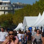 Il y avait foule sur la place Saint-Nicolas malgré la chaleur