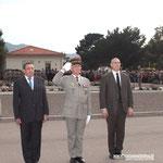 Le général Dary avec, à sa droite, Ange Mancini, préfet de police