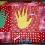 Babydecke: 5 verschiedene baumwollstoffe gemustert je 25cm, Baumwollreste Uni und Vliesofix für Applikationen, Wäsche-Beschriftungsset, Volumenvlies