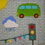 Babydecke mit Fühlelementen: 2 Baumwollstoffe 90x90cm, Stoffreste, Borten und Vliesofix für Applikationen, Volumenvlies