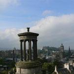 Blick über die Dächer von Edinburgh