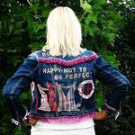 """born to be happy"", M 17"