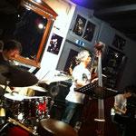 松崎さんと上村さんと杉田くん。まずはTrioで