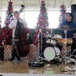 ツユキ君のドラムもクリスマスイルミネーション101128-01