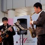 アキヤマさんとムラカミ110130