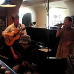 ゲストのサンドウさんとボサノバセッション