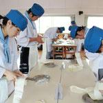 調理科生徒(3年課程)の挑戦