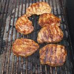 Diesmal auch Steaks im Brötchen