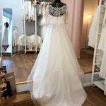 Brautkleid, Hochzeitskleid Gr. 44,  Tattoospitze, Tüllrock, lange Ärmel