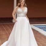 Brautkleid A-Linie , Prinzessin, Satin und glänzende Spitze, Satinrock mit Taschen, V-Ausschnitt, Curvy Bride
