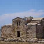Agios Filon - byzantinische Kirche aus dem 13. Jh. mit Fundamenten einer noch älteren Basilika - wird zur Zeit mit EU-Mitteln gesichert.