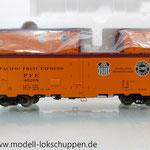 Märklin 45680 Set- 3 Kühlwagen (Refrigerator Car) Typ R-40-14 der UP / S.P.      1