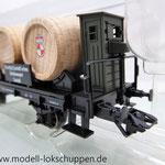 """Trix 24310, 2-achsiger Weinfasswagen CASTELL der K.Bay.Sts.B. Bayern """"Weingut"""""""