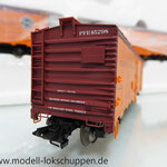 Märklin 45680 Set- 3 Kühlwagen (Refrigerator Car) Typ R-40-14 der UP / S.P.      8