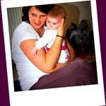 Leonie mit Mama Sabine