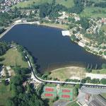 Le plan d'eau de St Rémy sur Durolle à quelques kilomètres du gite