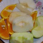 デザート 梨・オレンジ・グリーンアップル3種盛り