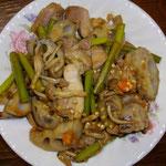 レンコンと鳥ももの炒め煮  昼