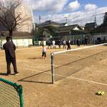 テニス教室にも多くの皆さんに参加していただきました。