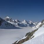 Le glacier d'Otemma et les sommets de la crête frontière avec le Val d'Aoste