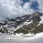 Le lac de la Vogealle et une partie des Dents Blanches