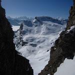 La vue plein sud depuis la Golette, avec la jolie petite combe que l'on est allé skier à gauche de la Pointe Rousse