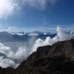 Une partie de la vue du sommet de la Dent Blanche Occidentale