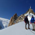 Laurent et Thibaut en bas de l'arête de l'Aiguille du Midi