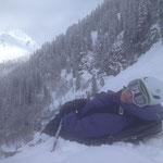 Sieste skis aux pieds pour Aurélie