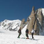 Sous le Mont-Blanc et le Grand Capucin