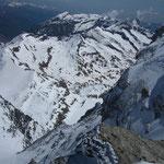 Vue plongeante sur le Piémont et le Lago Della Rossa.