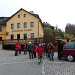 In Porschdorf kommen noch 7 Wanderer dazu