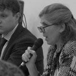 Moderatorin Karin Nagel