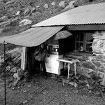 """Coin cuisine à l'extérieur...parfois on a envie de chanter """"il fait beau, il fait chaud"""""""