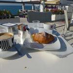 letztes Frühstück am Meer