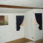 Le 2ème, la chambre, lits en 140 et 90, les fenêtres donnent sur le couloir du 1er étage
