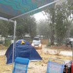 erleben wir selten: strömender Regen in Kroatien - gut für die Natur