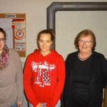 Damenstich-Siegerinnen: vlnr. von Bergen Stephanie (2.); Bauer Anja (1.); Michel Trudy (3.)