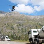 Bétonnage de la conduite par hélicoptère, 2012