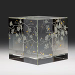 "AVAILABLE  ""blossom"" engraved and gilded optical crystal  12cm cube"