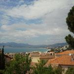 Blick von Cannes auf eine Strandbucht