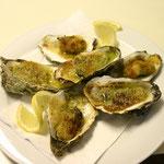 Austern mit Kräuterpaste gratiniert