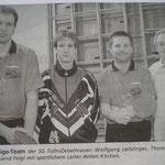 Die erste Mannschaft der SG in der Oberliga mit Leitzinger, Kitzweger und Feigl, sportl. Leiter Toni Köckeis