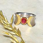 Doppelmond Ring mit Edelstein Turmalin rot