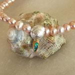 Perlkette mit Silberschnecke und Opal