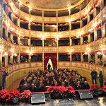 """16 dicembre 2017. Lecce, Antico e Monumentale Teatro """"G. Paisiello"""". Serata di gala per l'assegnazione dell'Alto Riconoscimento d'Arte """"I Guerrieri di Riace"""". Nella foto, lo splendido interno del teatro. (ItalPhoto Mesagne)."""
