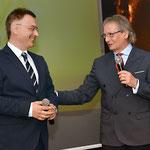 """Con Roberto Chiavarini, Art Director dell'Accademia """"Italia in Arte nel Mondo"""". (Studio Italphoto Mesagne)"""