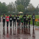 Start zum 800m Lauf - Theresa Platz 2 / Lisa platz 3