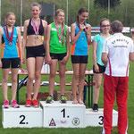 Paula 1. Platz / Vevi 2. Platz (U14) - Speerwurf
