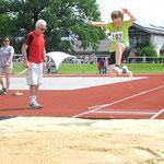Florian springt 3,57m